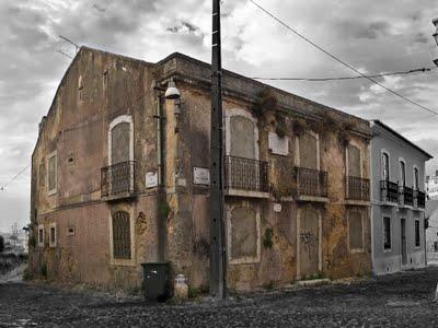 Casa onde viveu Júlio Castilho em ruína – Paço Lumiar – Lisboa (1/2)